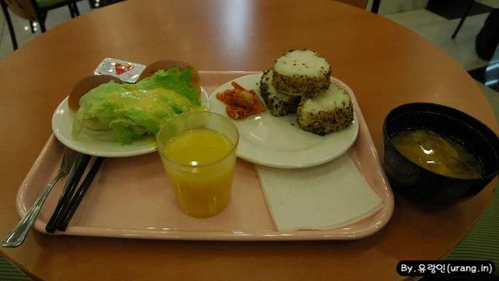 Toyoko inn at breakfast