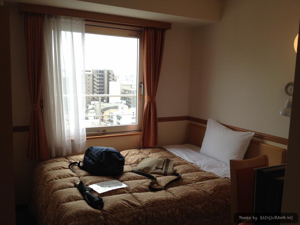 토요코인 싱글룸 객실